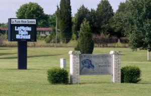 La_Plata_High_School,_Maryland,_Sign